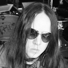 a135fba947b5 Joey Jordison
